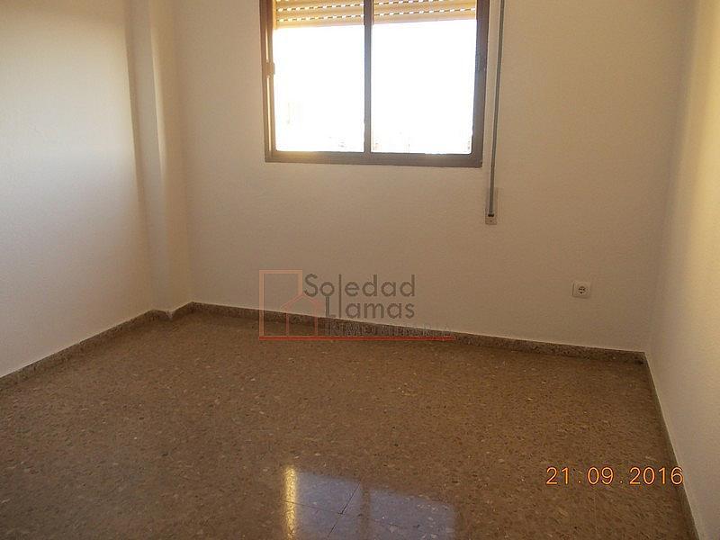 Dormitorio - Piso en alquiler en calle M Auxiliadora, Rota - 323486346