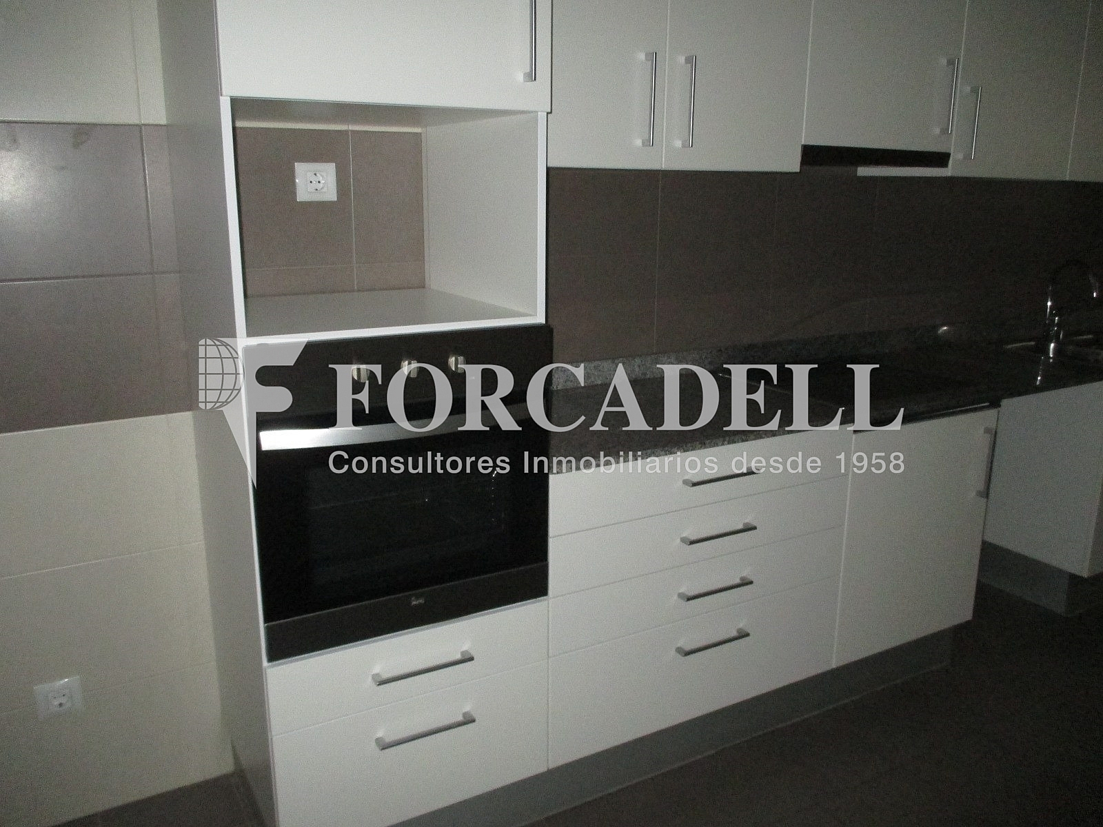 IMG_2670 - Piso en alquiler en calle Merce Rodoreda, Can clota en Esplugues de Llobregat - 331432050