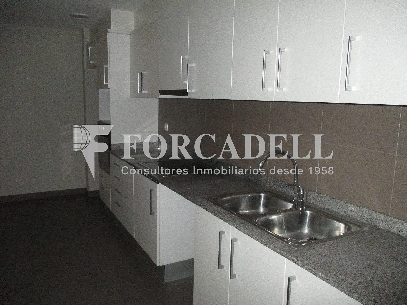 IMG_2673 - Piso en alquiler en calle Merce Rodoreda, Can clota en Esplugues de Llobregat - 331432059