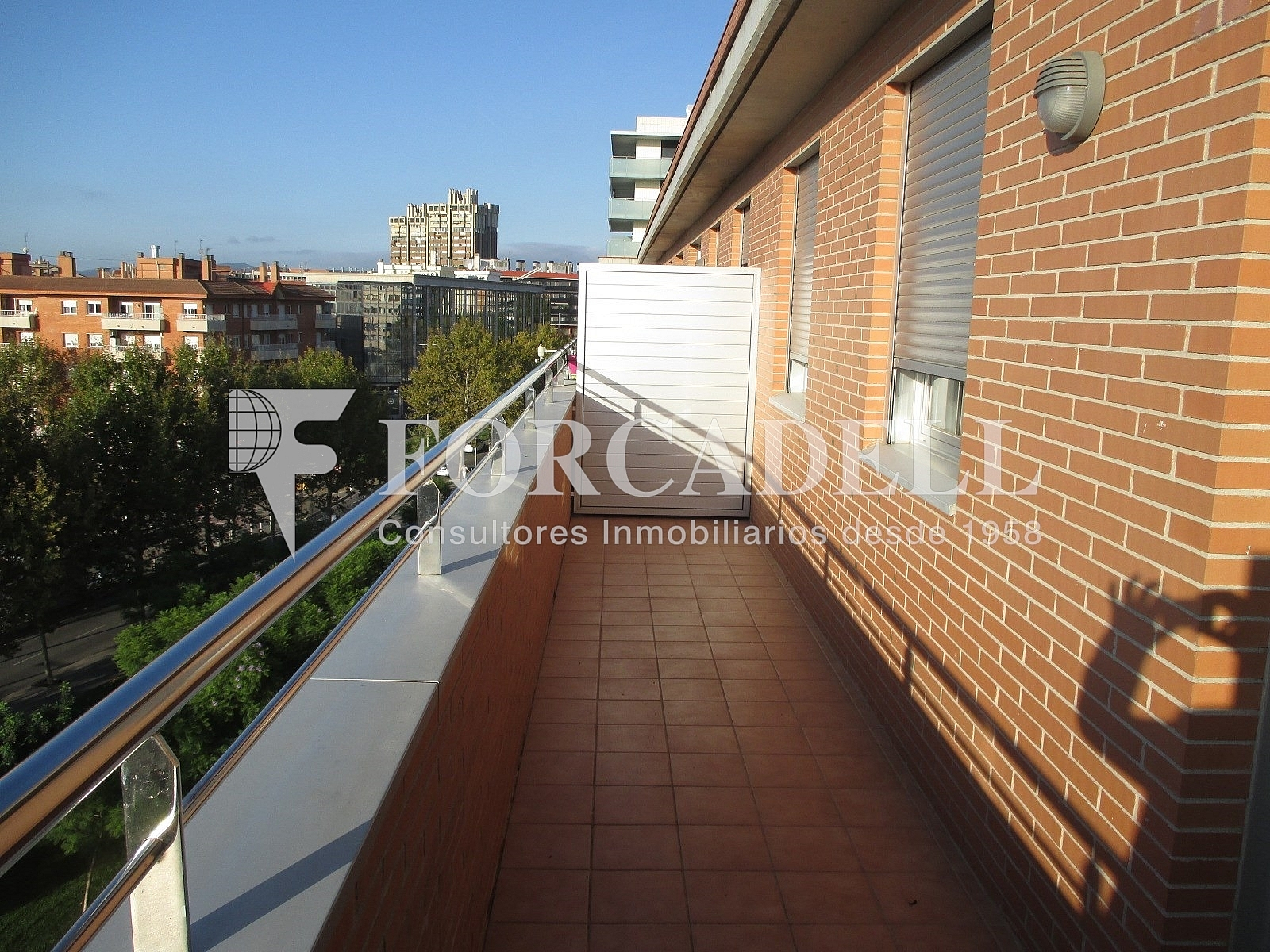 IMG_2691 - Piso en alquiler en calle Merce Rodoreda, Can clota en Esplugues de Llobregat - 331432113