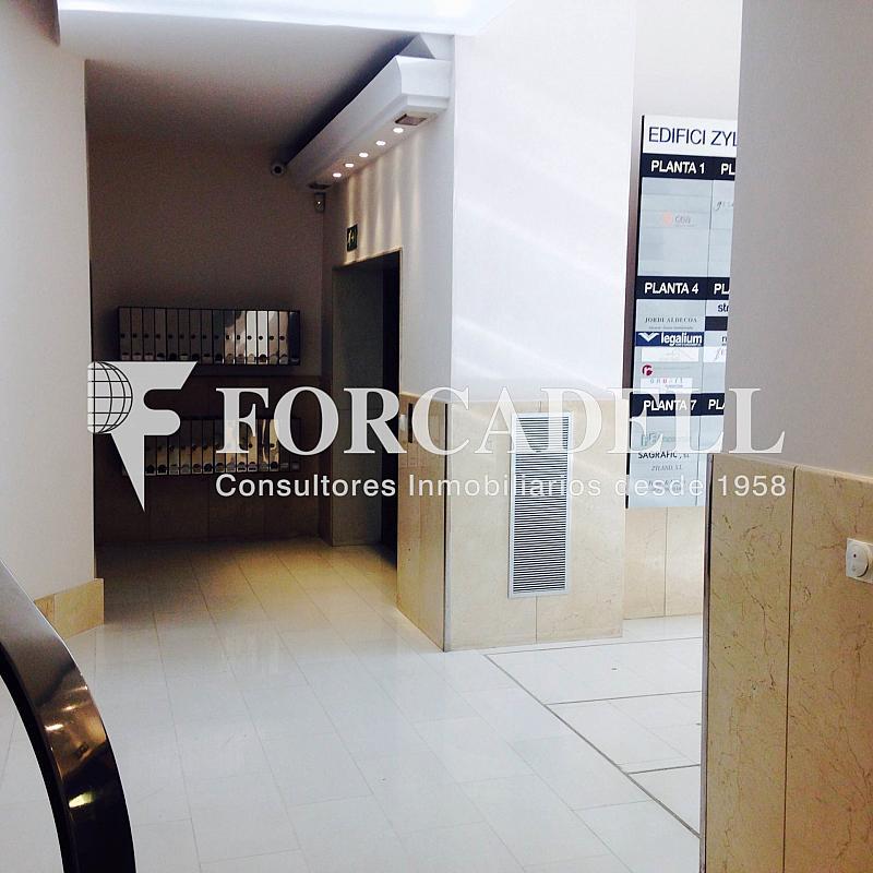 Vestíbulo - Oficina en alquiler en calle Sant Pere, Eixample dreta en Barcelona - 263456622