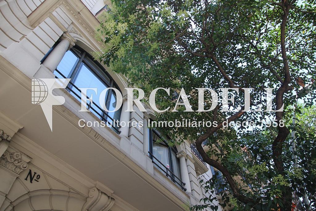 Fachada - Oficina en alquiler en calle Muntaner, Sant Gervasi – Galvany en Barcelona - 299867696