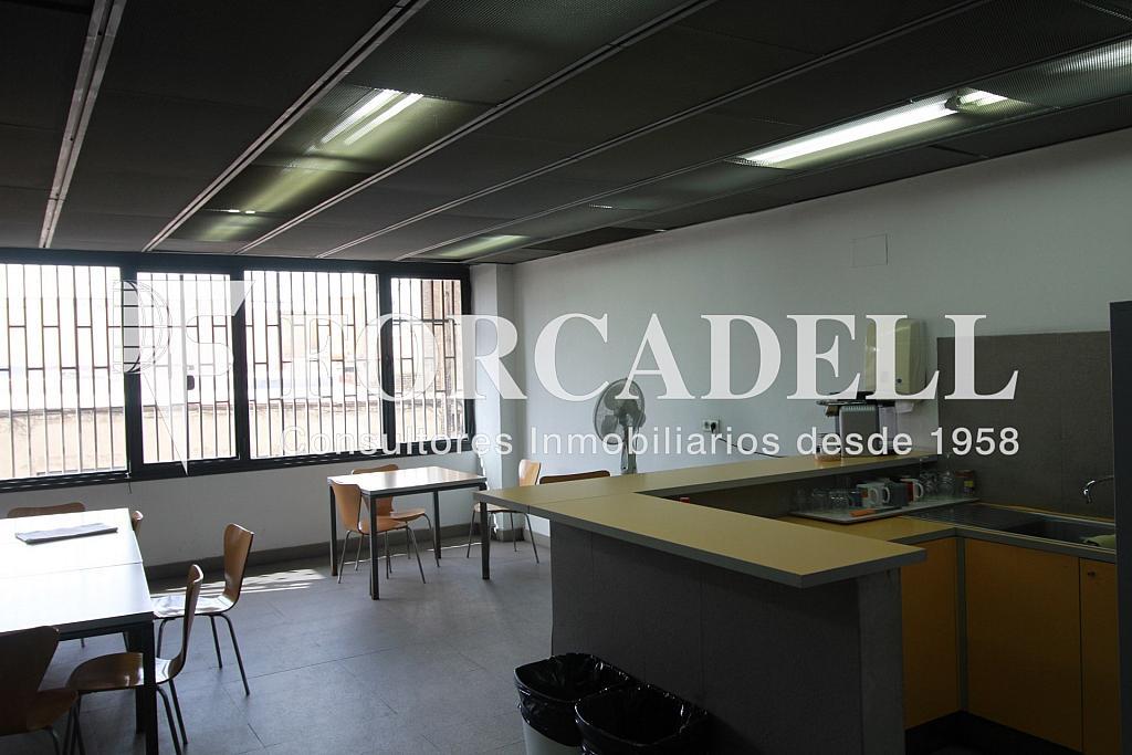 IMG_4327 - Local comercial en alquiler en El Parc i la Llacuna en Barcelona - 261863848