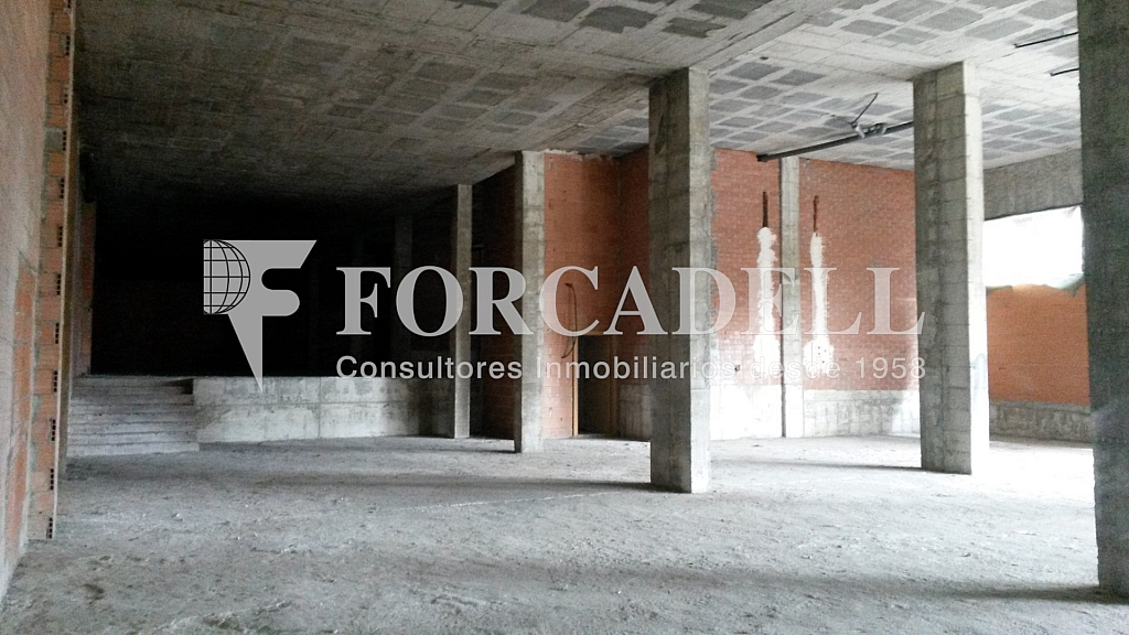 Josep Masgrau  (5) - Local comercial en alquiler en Cornellà de Llobregat - 261861238