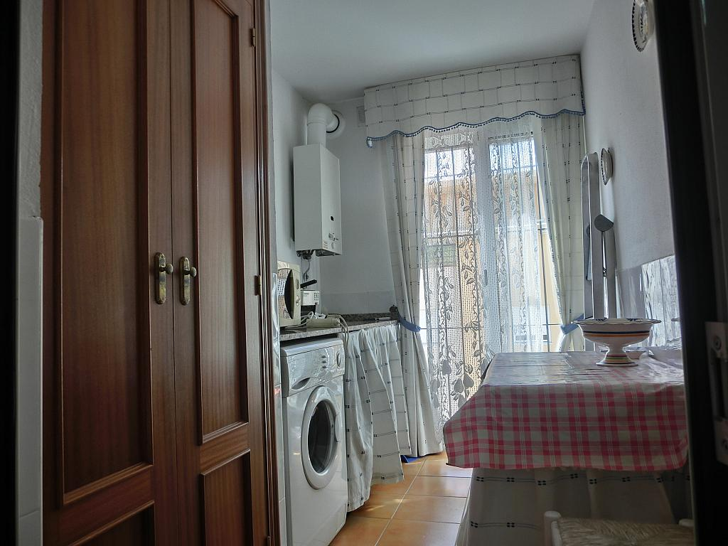 Piso en alquiler en calle Calzada de la Infanta, Barrio Bajo en Sanlúcar de Barrameda - 307428770