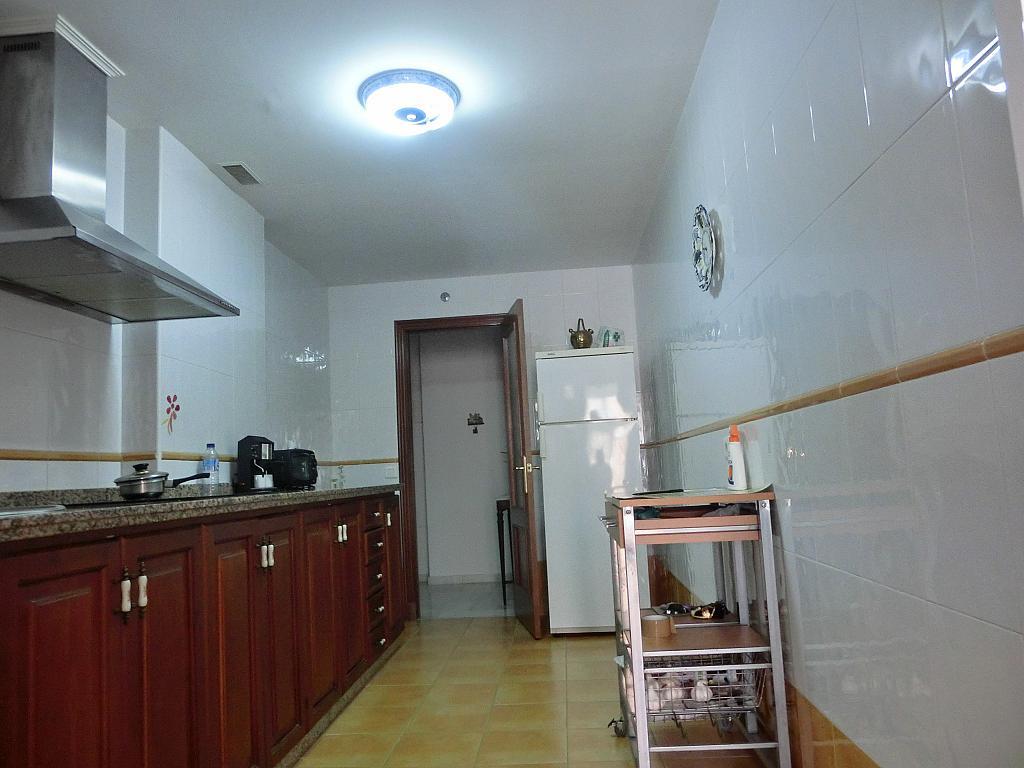 Piso en alquiler en calle Calzada de la Infanta, Barrio Bajo en Sanlúcar de Barrameda - 307428772