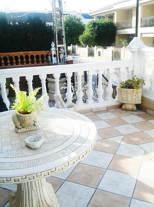 Patio delantero - Casa en alquiler de temporada en calle Mula Muñoz, Águilas - 276541926