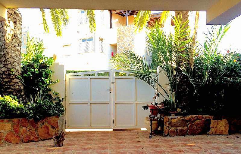 Patio - Casa adosada en alquiler en calle Principe de Asturias, Águilas - 260978761