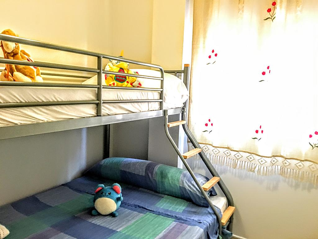Dormitorio - Piso en alquiler de temporada en plaza Murillo, San Juan de los Terreros - 236443249