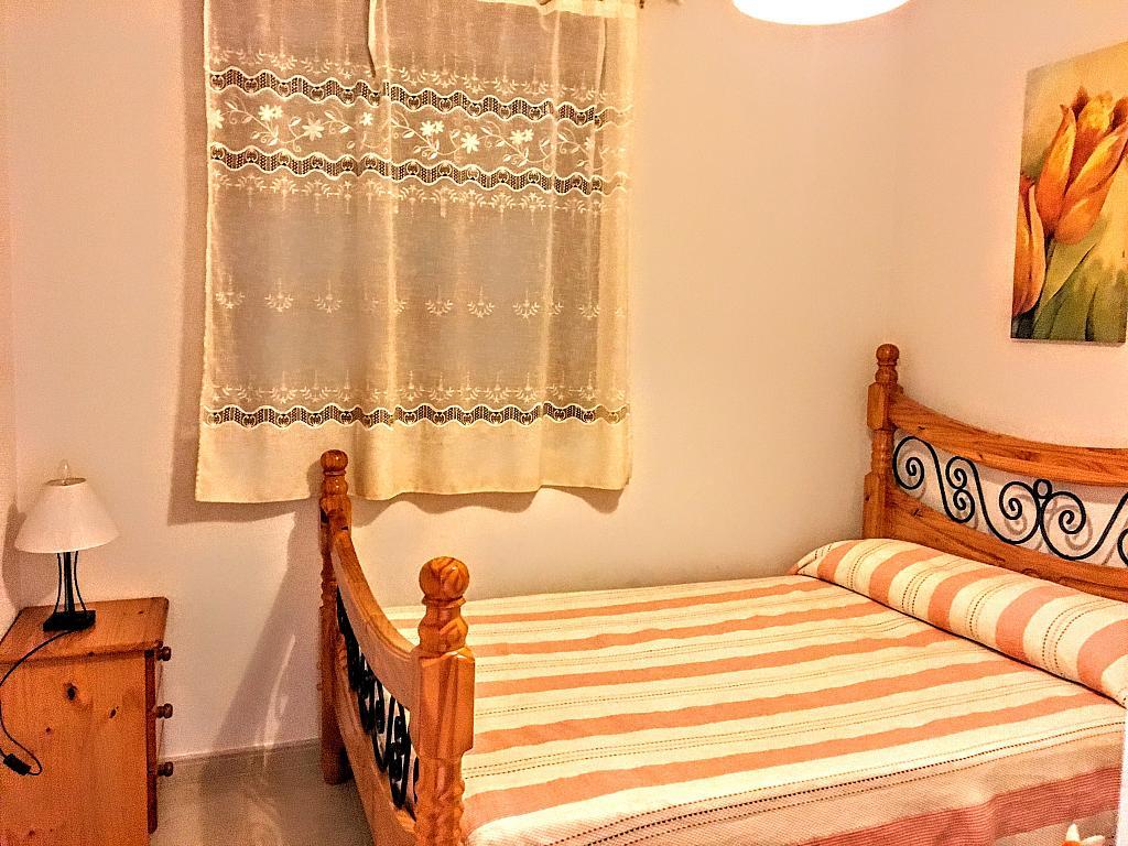 Dormitorio - Piso en alquiler de temporada en plaza Murillo, San Juan de los Terreros - 236443258