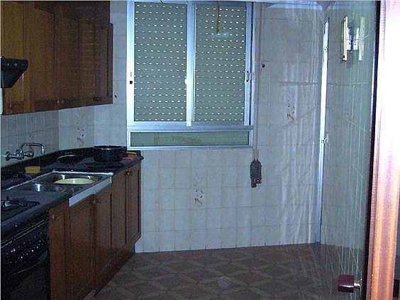 Piso en alquiler en calle Huesca, El Pilar en Villarreal/Vila-real - 275849156