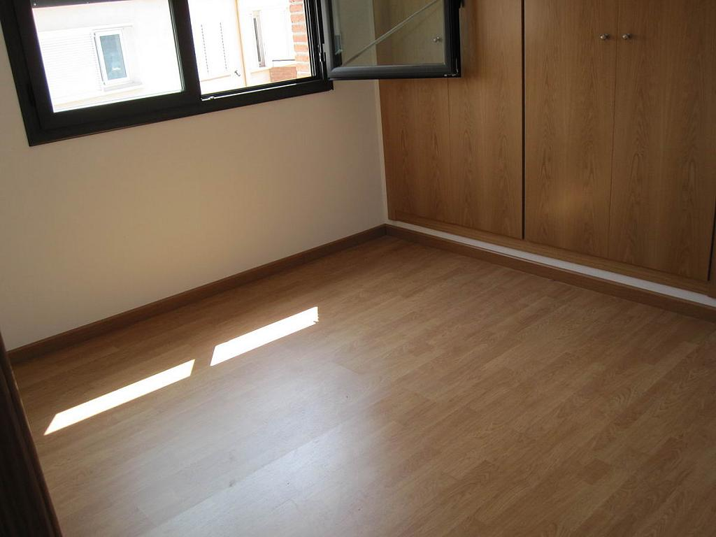 Piso en alquiler en calle Jacint Verdaguer, Ulldemolins - 183642263
