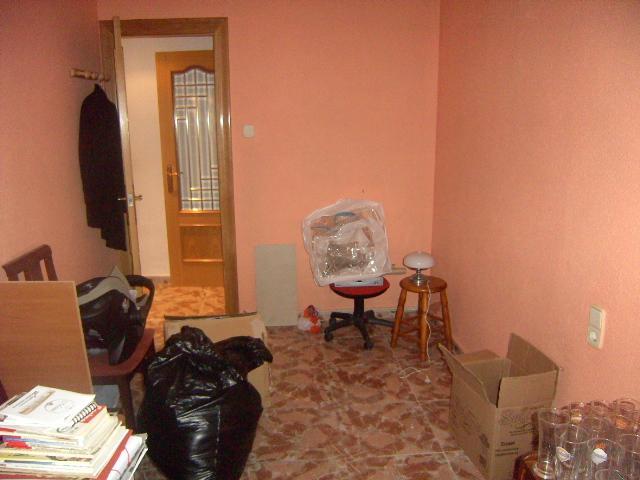 Dormitorio - Bajo en venta en plaza Poeta Miguel Hernandez, El Barrio Orba-Parque Alcosa en Alfafar - 56223851