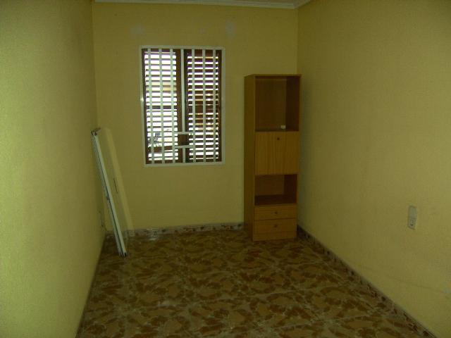 Dormitorio - Bajo en venta en plaza Poeta Miguel Hernandez, El Barrio Orba-Parque Alcosa en Alfafar - 56223854