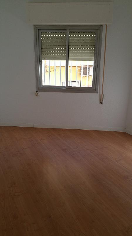 Piso en alquiler en calle Santiago Apostol, Nucleo Urbano en Arganda del Rey - 242377088