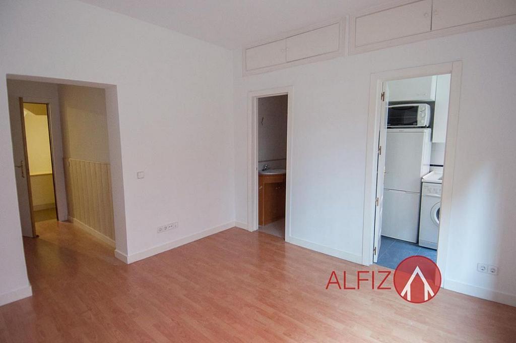 Piso en alquiler en calle De Vinaroz, Chamartín en Madrid - 318503288