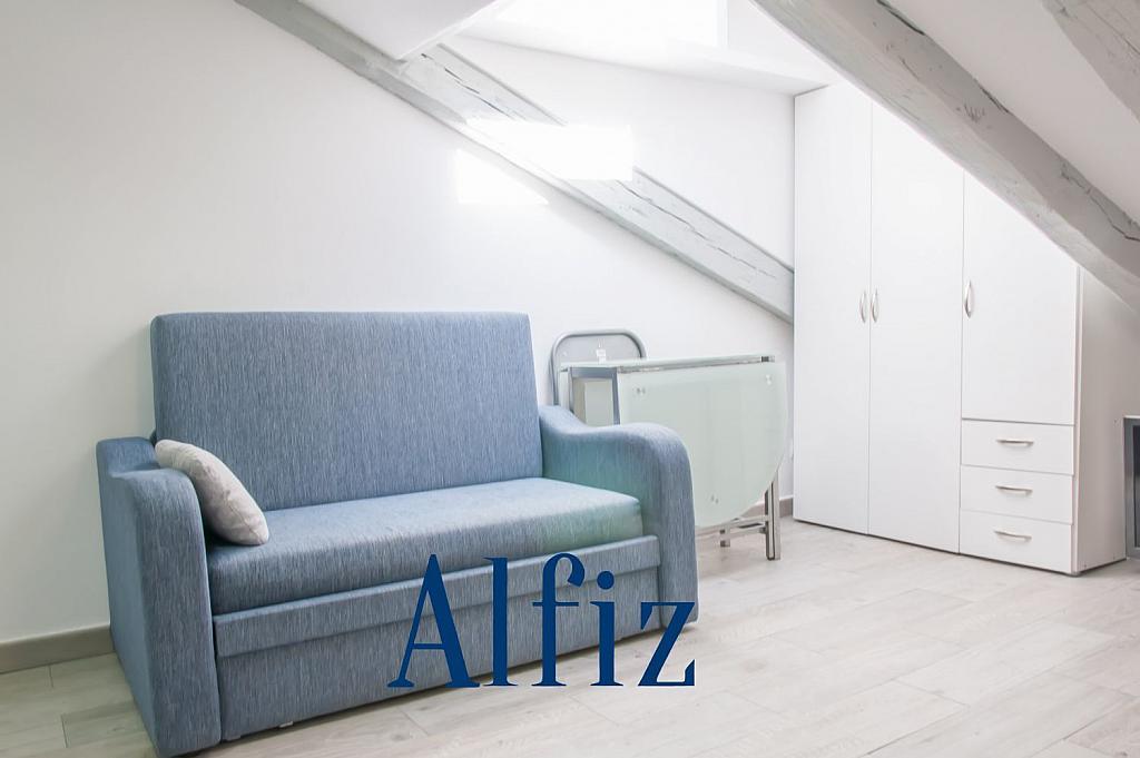 Loft en alquiler en calle De Santo Domingo, Centro en Madrid - 329130098