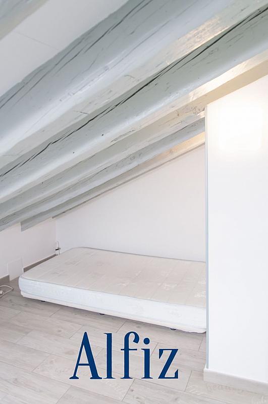Loft en alquiler en calle De Santo Domingo, Centro en Madrid - 329130101
