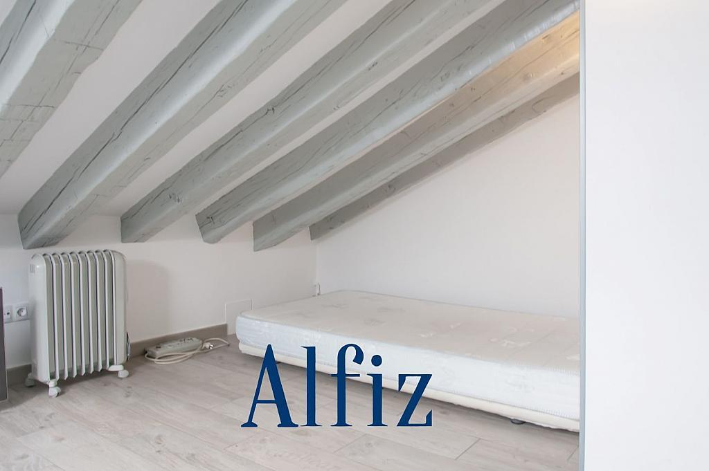 Loft en alquiler en calle De Santo Domingo, Centro en Madrid - 329130104