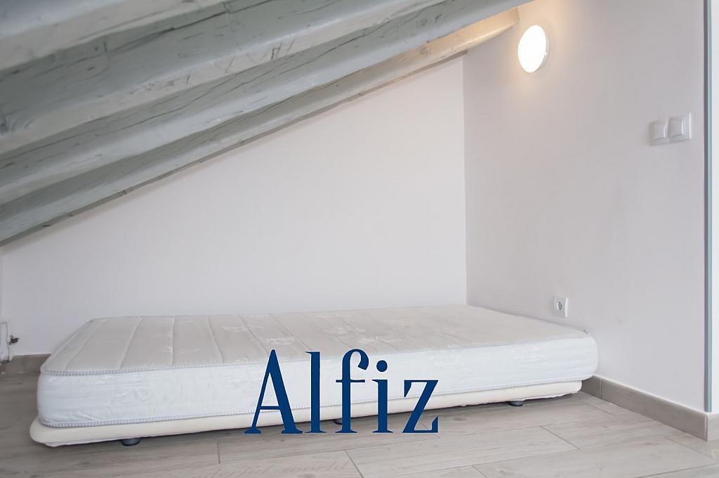 Loft en alquiler en calle De Santo Domingo, Centro en Madrid - 329130113