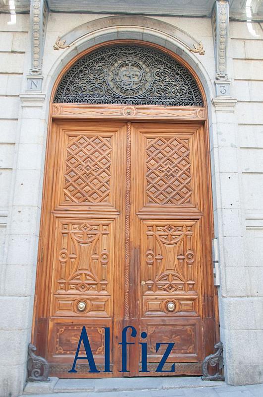 Loft en alquiler en calle De Santo Domingo, Centro en Madrid - 329130140