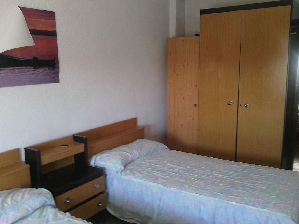Piso en alquiler en calle Tomillar, Pizarrales en Salamanca - 329742766