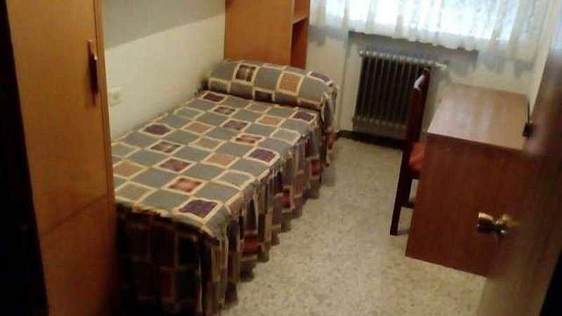 Piso en alquiler en calle Brocheros, Garrido-Sur en Salamanca - 328814523