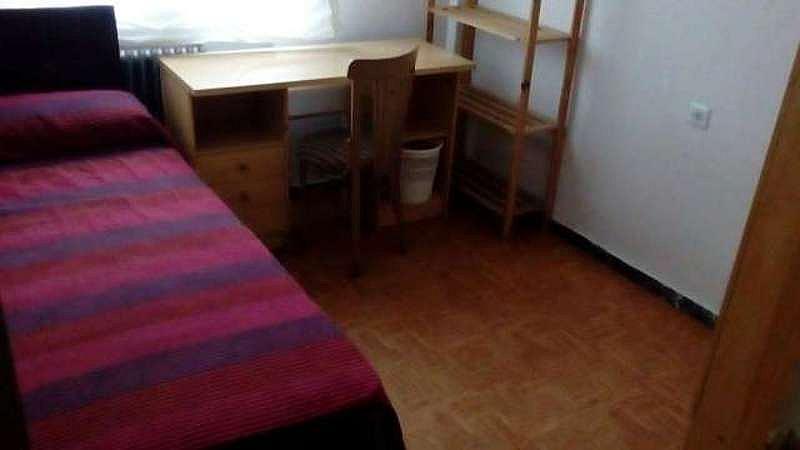 Piso en alquiler en calle Brocheros, Garrido-Sur en Salamanca - 328814526