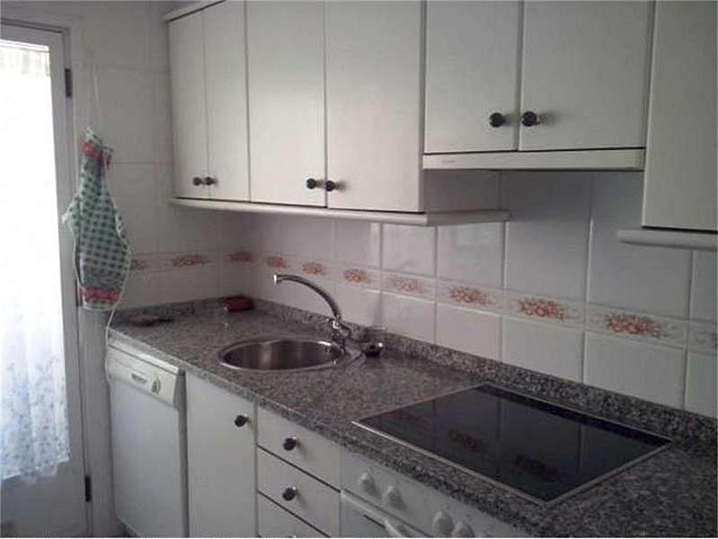 Piso en alquiler en calle Lazarillo de Tormes, Chinchibarra en Salamanca - 329741878