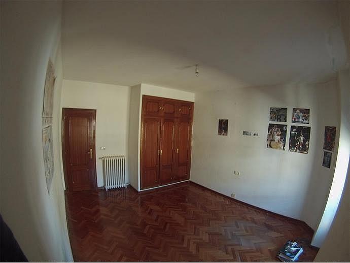 Piso en alquiler en calle Rector Tobar D, Carmelitas Oeste en Salamanca - 329741536