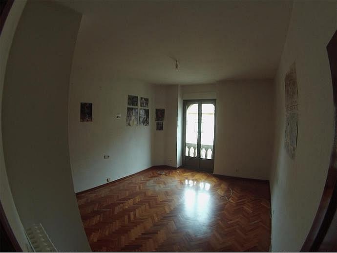 Piso en alquiler en calle Rector Tobar D, Carmelitas Oeste en Salamanca - 329741578
