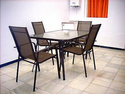 PATIO INTERIOR - Piso en alquiler en Chipiona - 241175476