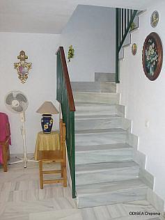 Escalera - Casa adosada en alquiler de temporada en Chipiona - 241177456
