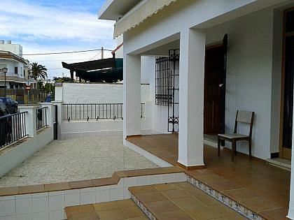 FACHADA - Casa en alquiler en Chipiona - 241180399