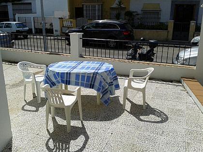 PATIO EXTERIOR - Casa en alquiler de temporada en Chipiona - 241181164
