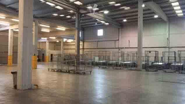 Planta baja - Nave industrial en alquiler en polígono Can Salvatella, Ensanche Centro en Barbera del Vallès - 277075656