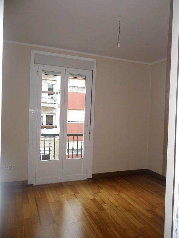 Foto - Apartamento en alquiler en calle Calvariourzaiz, Travesía de Vigo-San Xoán en Vigo - 331940375
