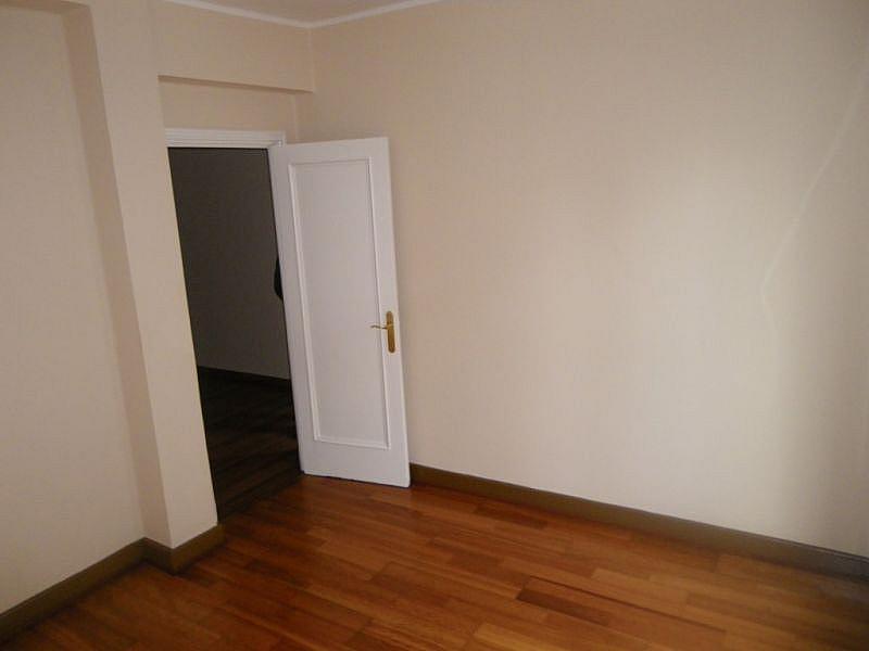 Foto - Apartamento en alquiler en calle Calvariourzaiz, Travesía de Vigo-San Xoán en Vigo - 331940378