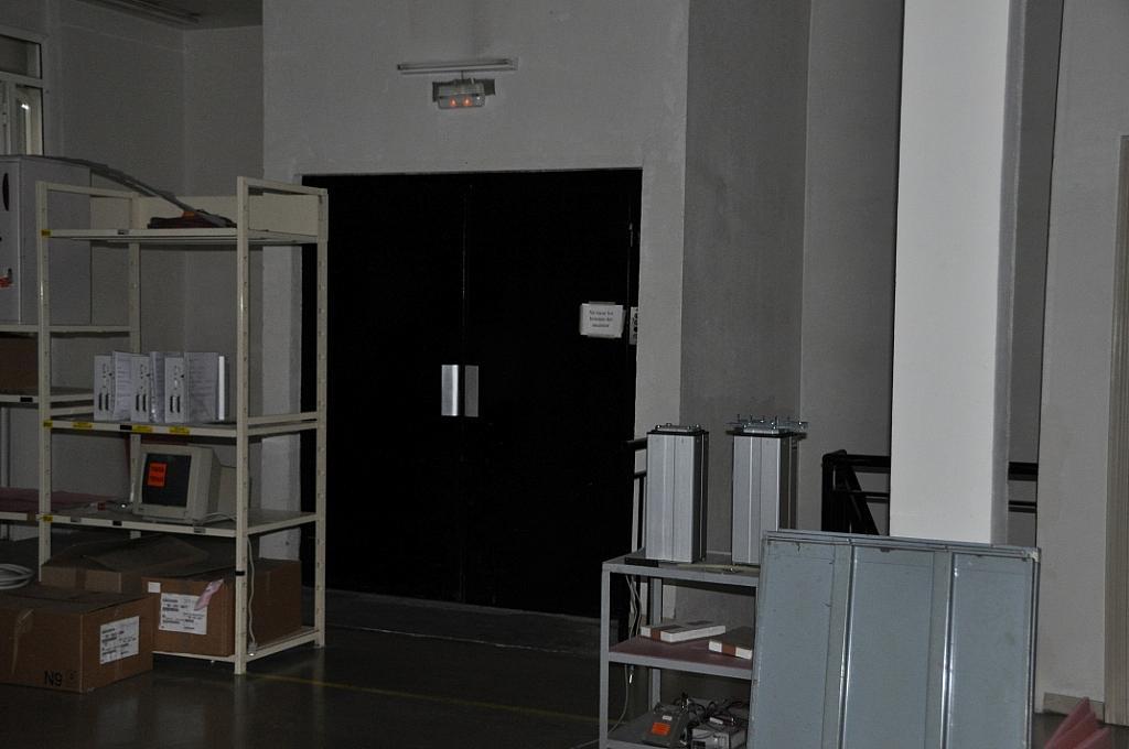 Planta baja - Nave industrial en alquiler en calle Otoño, Torrejón de Ardoz - 137105491