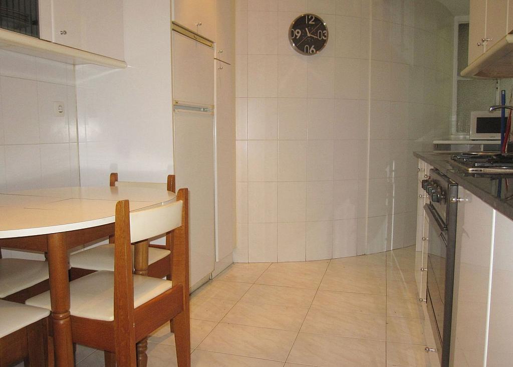 Piso en alquiler en calle San Fernando, San Fernando en Santander - 267076075