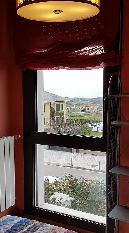 Piso en alquiler en calle Ines Diego del Noval, Valdenoja-La Pereda en Santander - 280648502