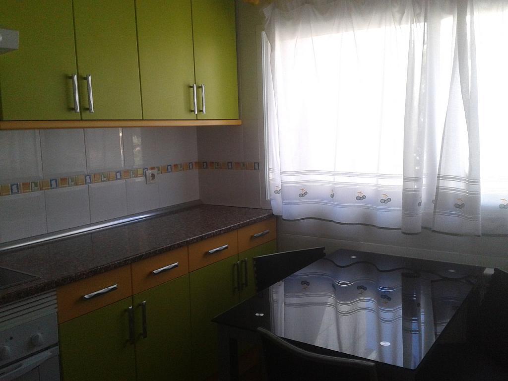 Piso en alquiler en calle La Plaza, Matalpino - 318854345