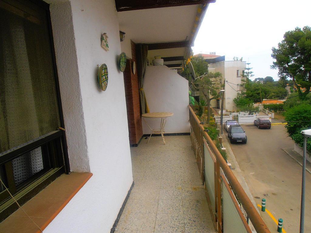 Balcón - Apartamento en venta en calle Conde Gómez de Urbaneja, Centre en Segur de Calafell - 198613592