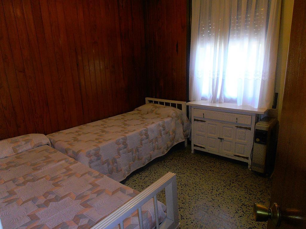 Dormitorio - Apartamento en venta en calle Conde Gómez de Urbaneja, Centre en Segur de Calafell - 198613639