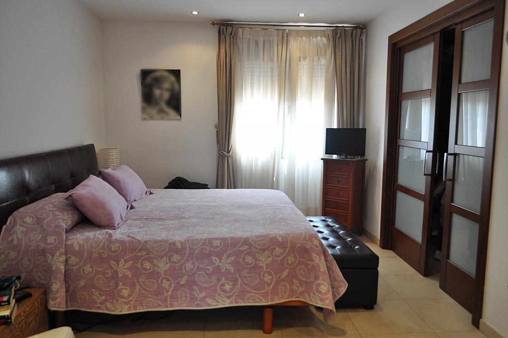 Chalet en alquiler en Begues - 323486655