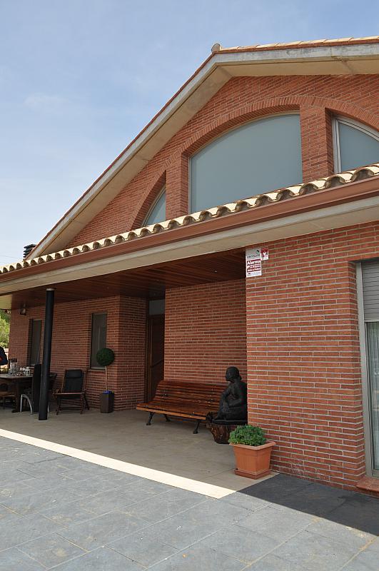 Chalet en alquiler en Begues - 323487244