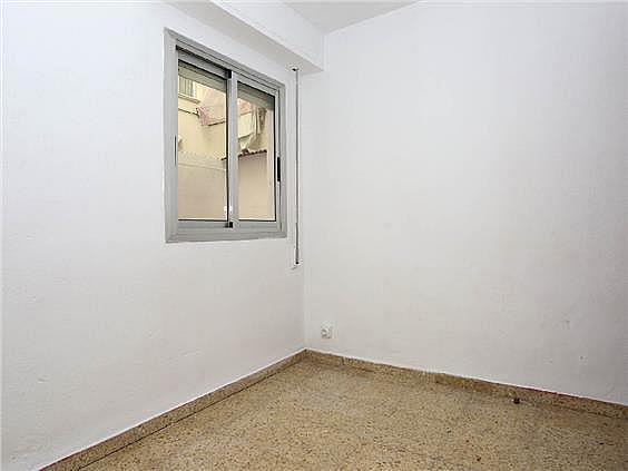 Piso en alquiler en calle Pedro Cabanes, Torrefiel en Valencia - 304773253