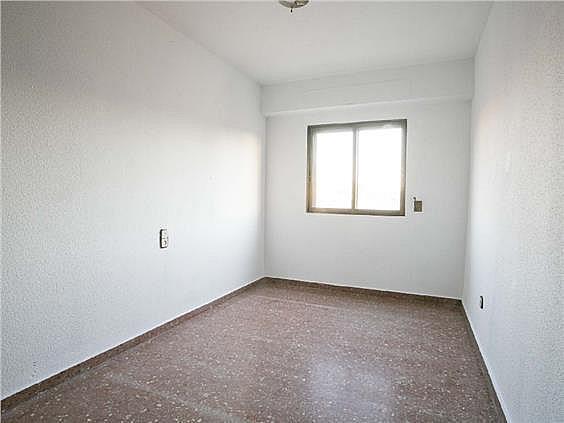 Piso en alquiler en calle Músico Espí, Torrefiel en Valencia - 308416379