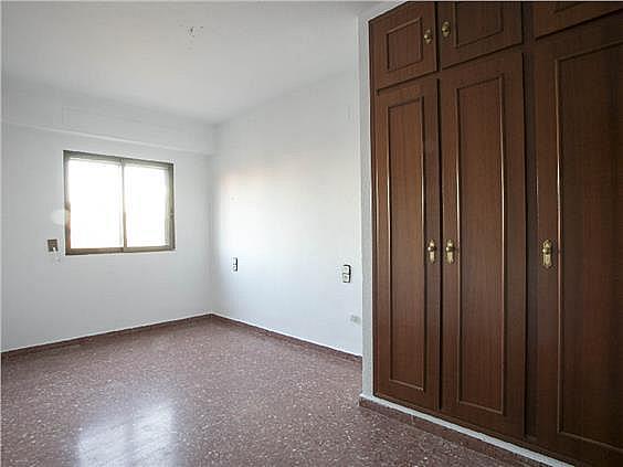 Piso en alquiler en calle Músico Espí, Torrefiel en Valencia - 308416391