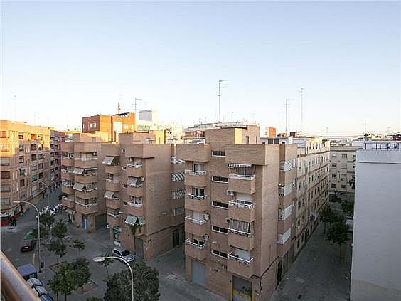 Piso en alquiler en calle Músico Espí, Torrefiel en Valencia - 308416394